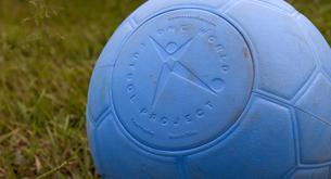 Il pallone da calcio che non si buca mai